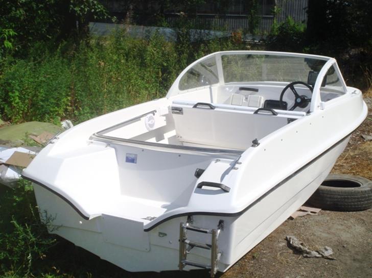 фото фофан лодка